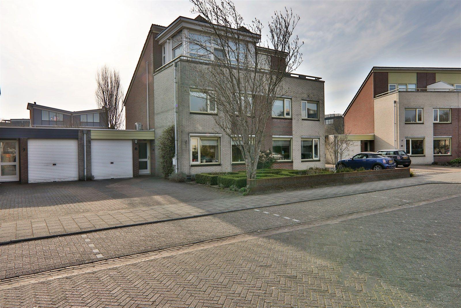 Merwede 9, Hoogeveen