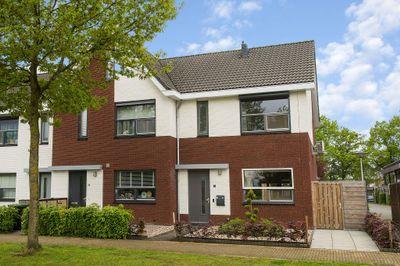 Heidevlinder 96, Enschede