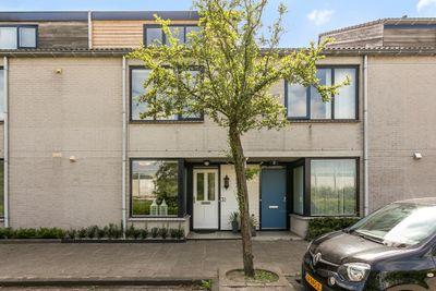 Vera Bondamstraat 30, Leiden
