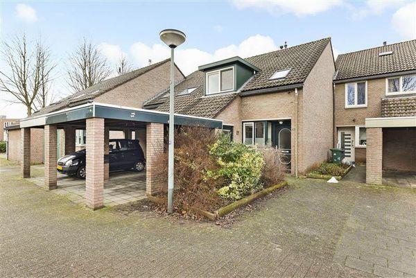 Kooldragererf 24, Roermond