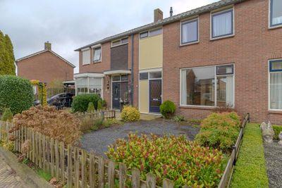van Limburg Stirumstraat 18, Coevorden