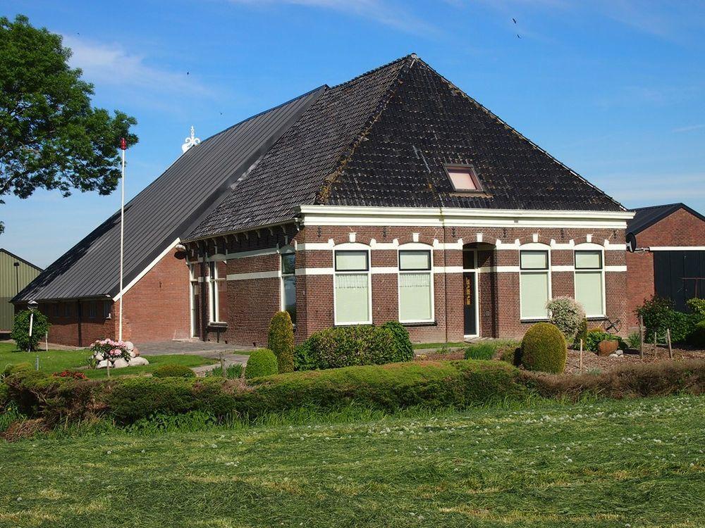 Dorpsterweg 1, Lutjegast