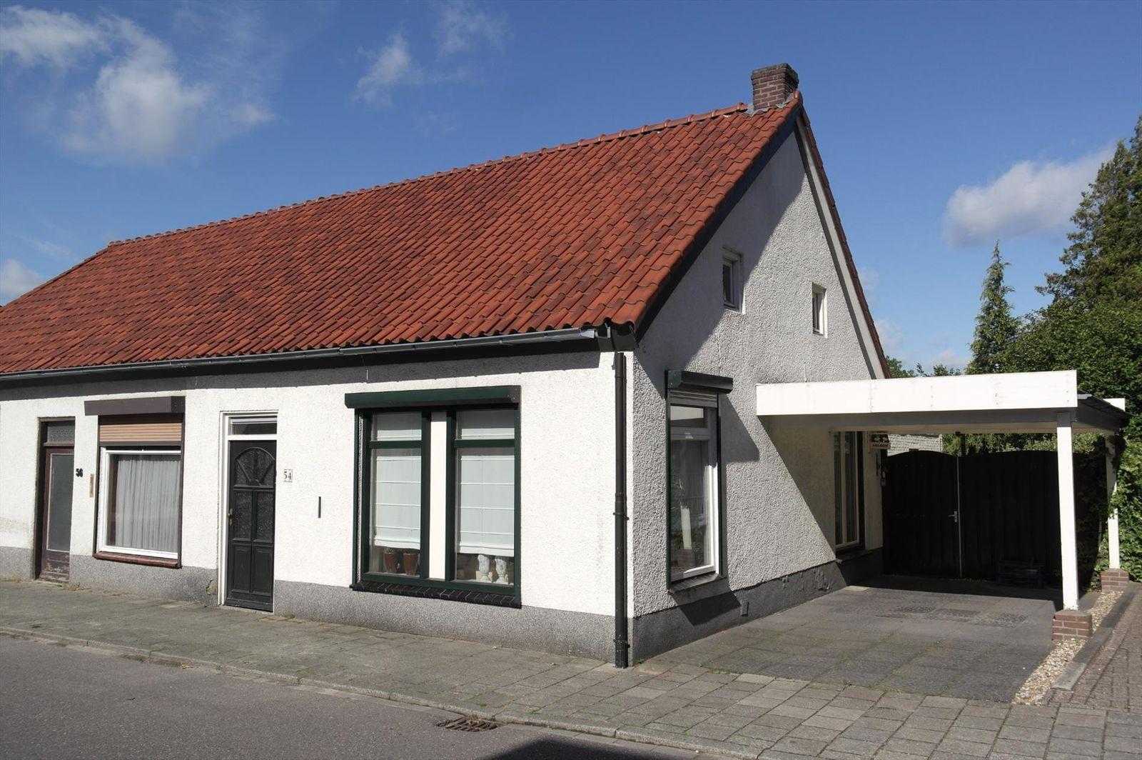 Nieuwstraat 54, Budel
