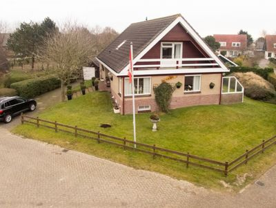 Meester Oudweg 27, Buren
