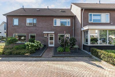 de Nieuwkamp 33, Hellendoorn