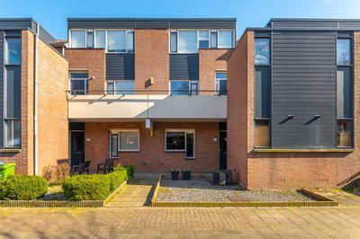 Bredebeek 30, Zwolle
