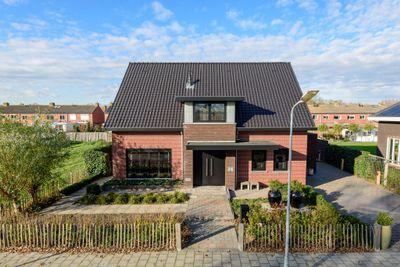 Quarleshavenstraat 36, Nieuw- En Sint Joosland