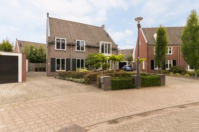 Hamsvoort 3, Helmond