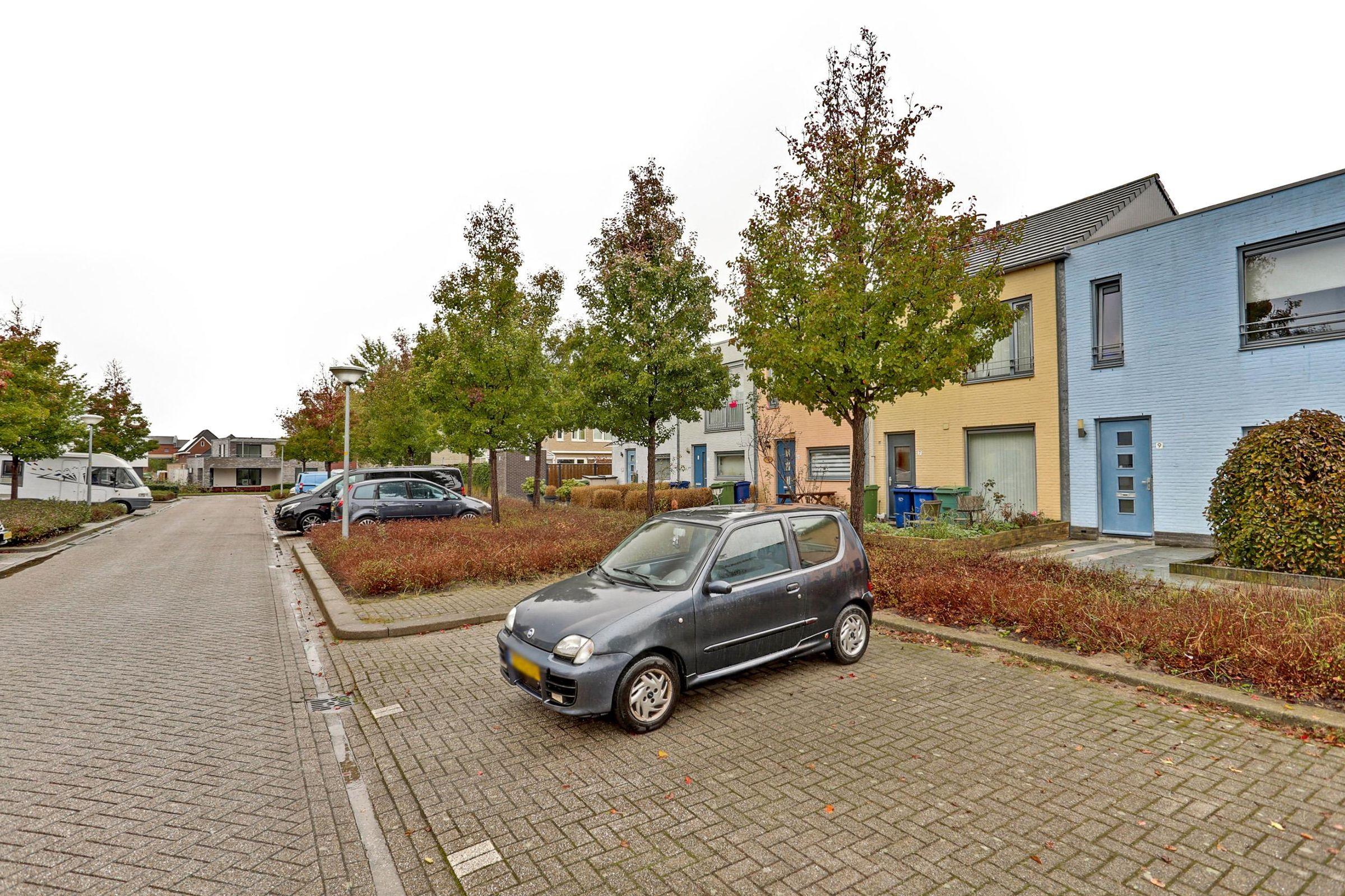 Tante Pollewopstraat 9, Almere