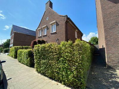 Nieuwstraat 13, Beek