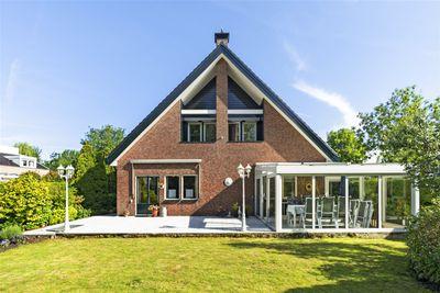 Ridder van Montfoortlaan 9, Hazerswoude-dorp