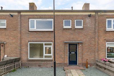 Gerrit Knopstraat 8, Bolsward