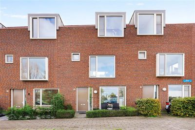 Roer 4, Almere