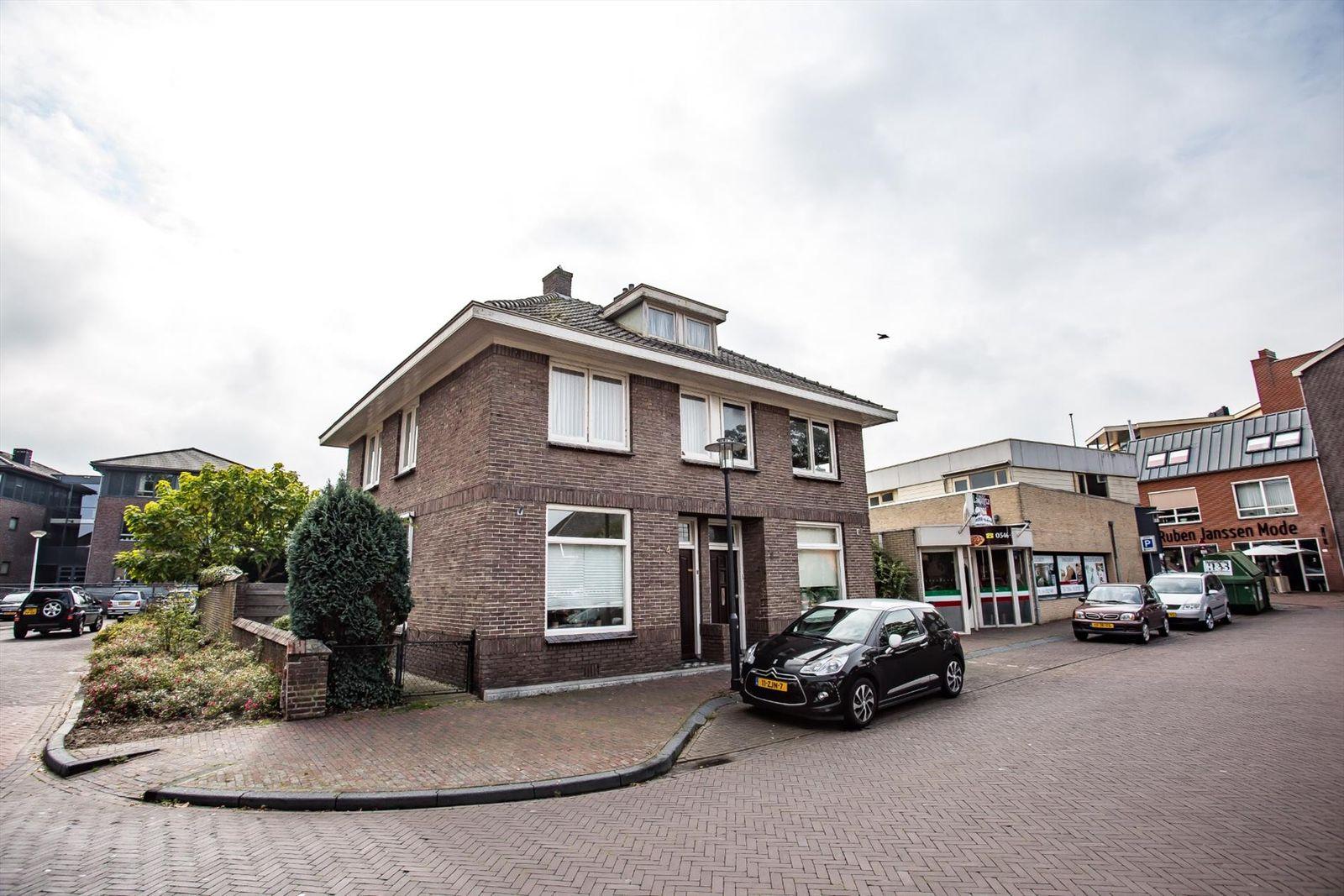 Kerkhofstraat 4, Wierden