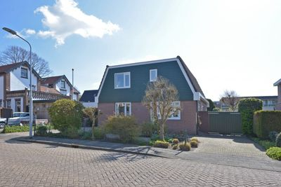 Eugénie Prévinaireweg 2 a, Nieuw-Vennep