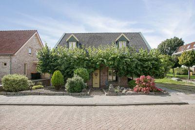 Oudlandsestraat 190, Steenbergen