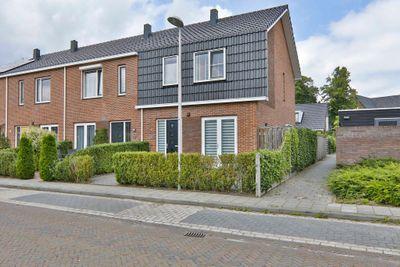 P Dubbeldamstraat 21, Hoogeveen