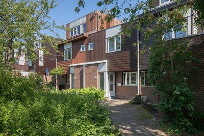 Albert Rousselstraat 122, Den Haag
