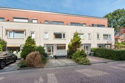 Wolga 48, Nieuwerkerk aan den IJssel