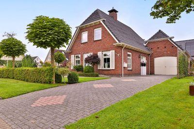 Brandland 7, Surhuisterveen
